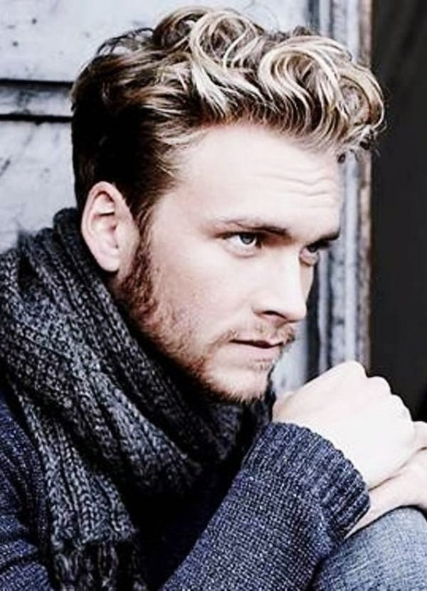 Smart-and-Stylish-Short-Hairstyles-For-Men