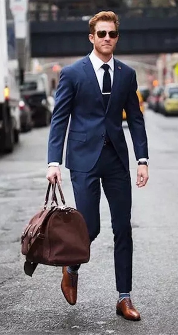 different-ways-to-style-a-navy-suit