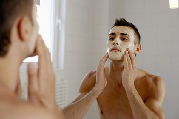 How-to-make-mens-face-glow-naturally.