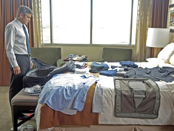 easy-ways-to-pack-your-suit-case-for-business-trip