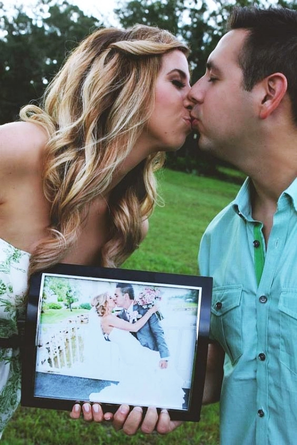 Best-Couple-Photo-Poses-For-Wedding-Anniversary